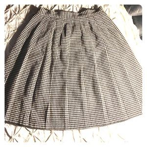 Stephanie Andrews houndstooth wool skirt